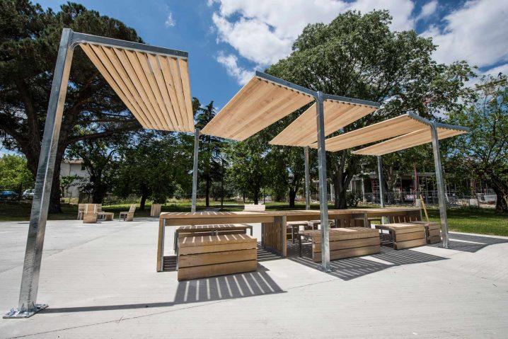 Photo mobilier urbain en bois